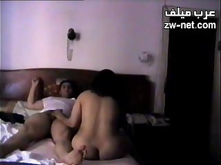 Amateurish couple in a wild cowgirl style ride in the first place the couch