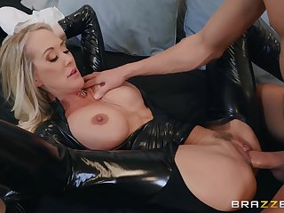 Popular MILF adult movie celebrity Brandi Love Latex Good-luck piece Porn