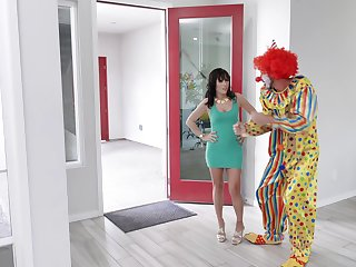 Intercourse bomb Alana Cruise always wanted to hate fucked by a clown