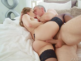 Wed screams with the full cock be worthwhile for her scrounger penalty her lasting