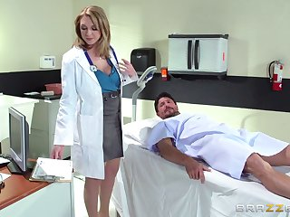 Horny doctor Brooke Wylde surprises her patient with a be captivated by