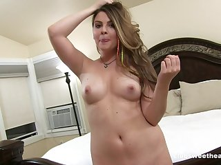 Homemade video of trimmed pussy Cali Hayes getting fucked good