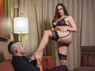 Chanel Preston takes control of say no to client who has a submissive fantasy