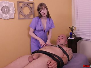 Amateur toff enjoys being tied surrounding and pleasured by Dolly Leigh