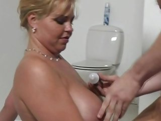 Chubby Blonde Dutch MILF Sexy Time Whit To Feel Good