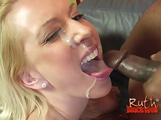 Interracial 3-way with handsome Holly Wellin and Ruth Blackwell