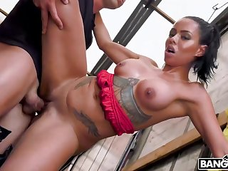 Canela Skin Enjoys Kinky Open-air Lovemaking