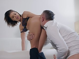 Licentious pleasures with a married woman hungry for cock