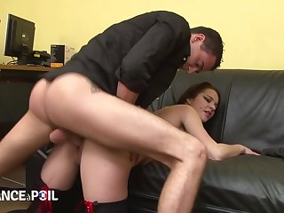 La France A Poil - Slutty Brunette Seduces Conservative