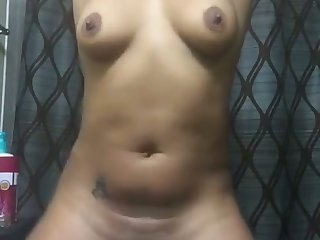Great ass right up and this webcam carve loves being naked
