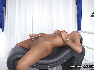 Dominique Ferraz Returns - Brazilian-Transsexuals