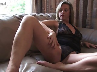 Hot Housewife Bringing off With Yourself - MatureNL