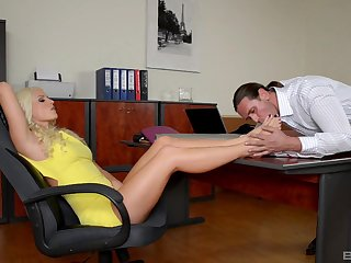Mendicant worships Blanche Bradburry's sexy hooves with the addition of fucks her in the office