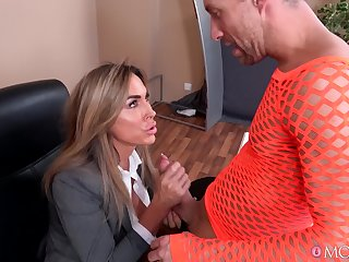 Provocative secretary Aubrey Black fucked on the office teble