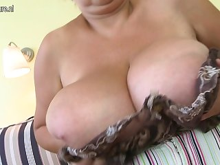 Huge Big Breasted Mama Playing With Themselves - MatureNL