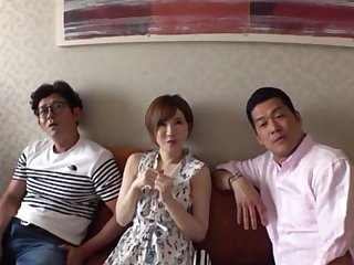 Japanese amateur Satomi Yuria moans during MMF threesome. HD