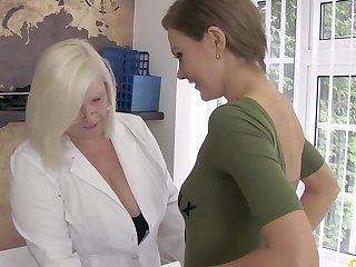 Mature blonde playing with smooth wet pussy and got her huge breasts played